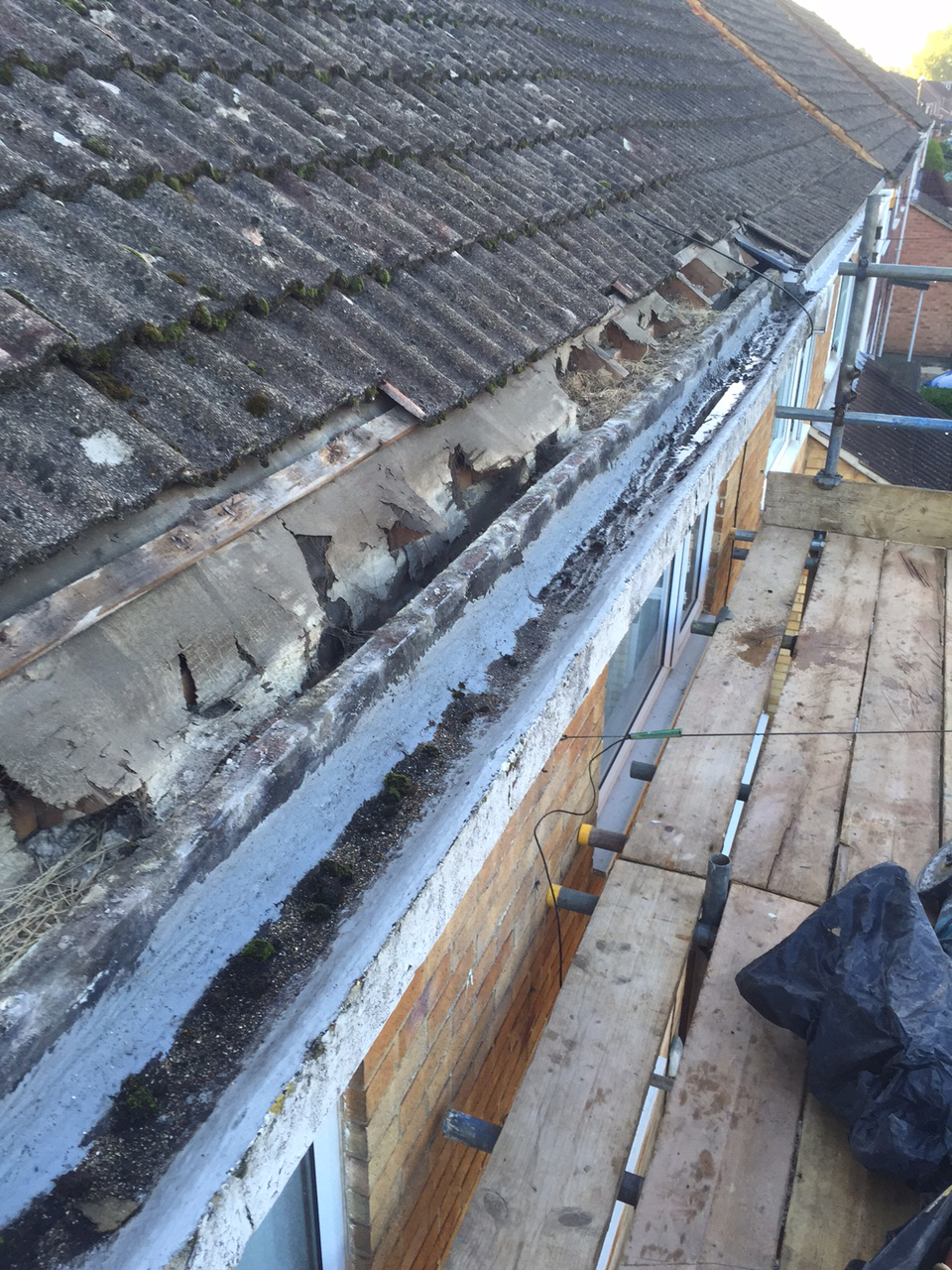 Concrete Gutter Replacements Crawley Dm Cullen Roofing